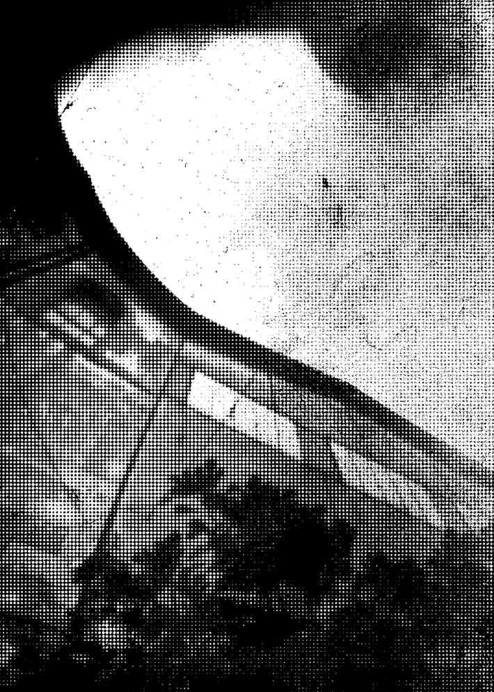 moch-deuxpapillonsaufildeleau-trame#3