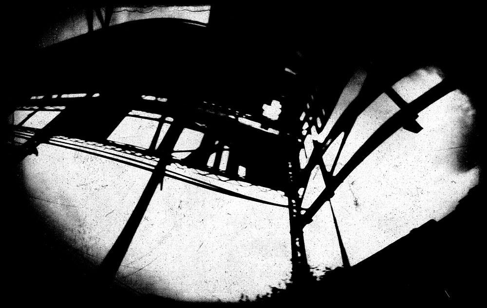 moch-gallery-deuxpapillonsaufildeleau#9